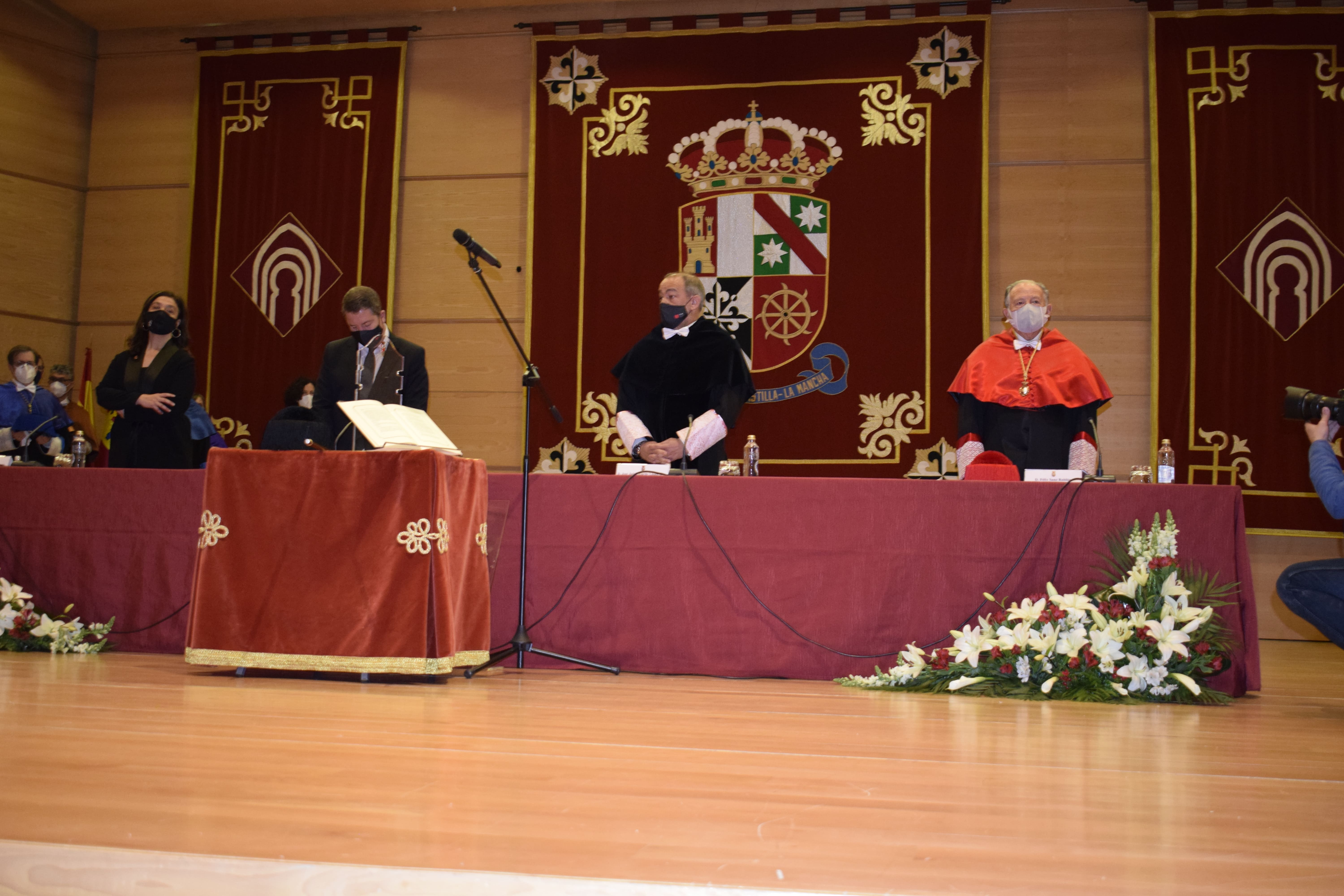 Toma posesion rector